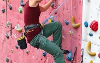 climber-486023_1920